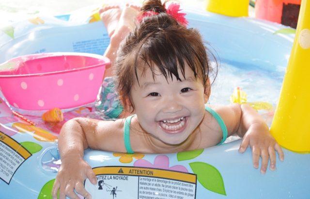 水いぼがあったらプールに入れないは嘘!水いぼの原因と園への対策