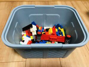 ダイソーフタ付BOX編みカゴ調にレゴ